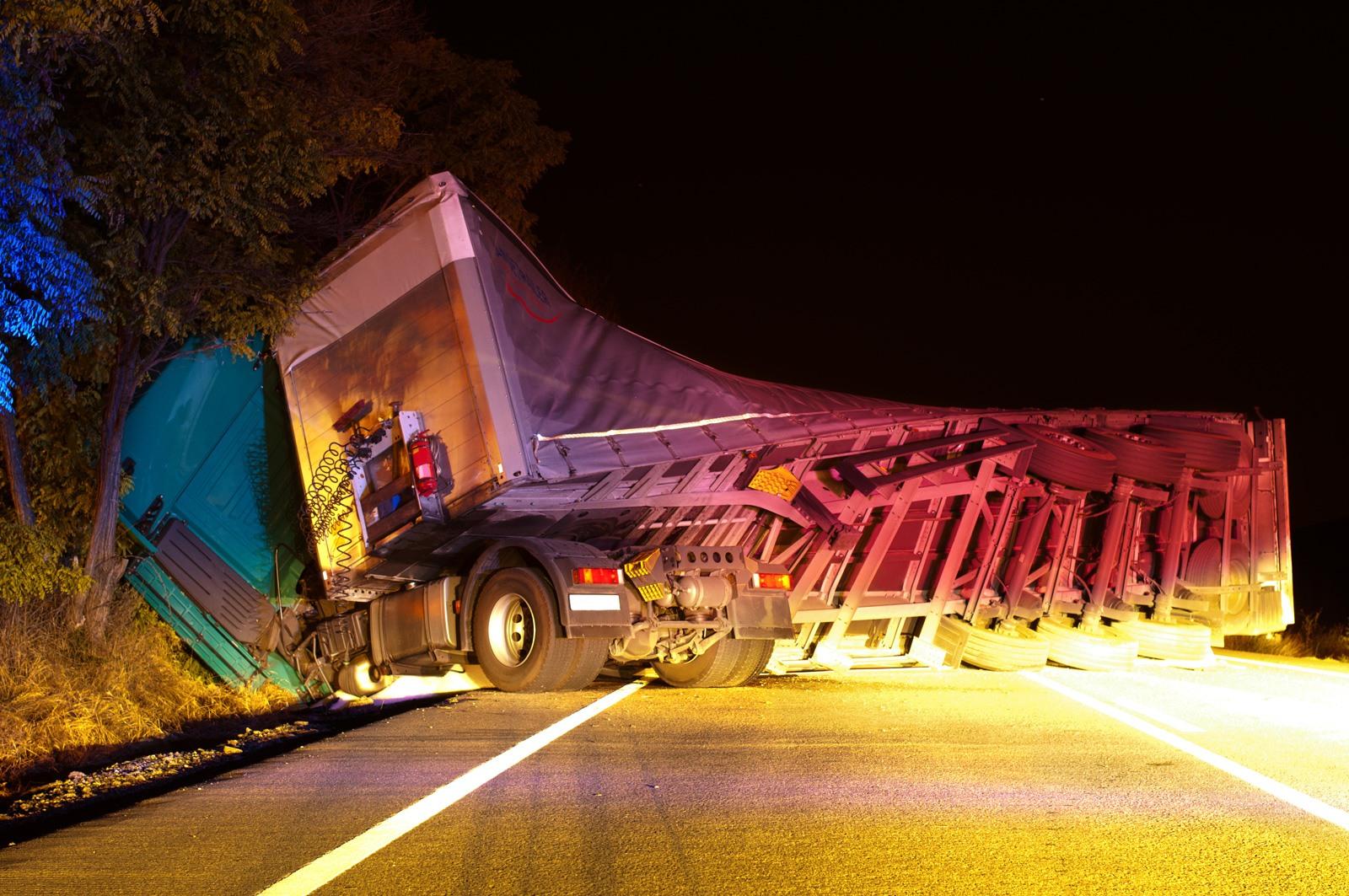 Tractor Trailer Accident Attorneys Bear DE | Delaware's injury lawyer